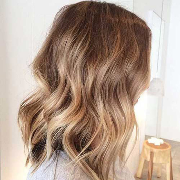 Soft Wavy Balyage Blonde Bob Color