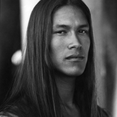 long-straight-hair-men-